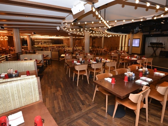 Norwegian Bliss features a modern Texas barbecue eatery