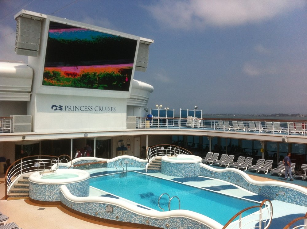Board Early for the Best Shipboard Photos