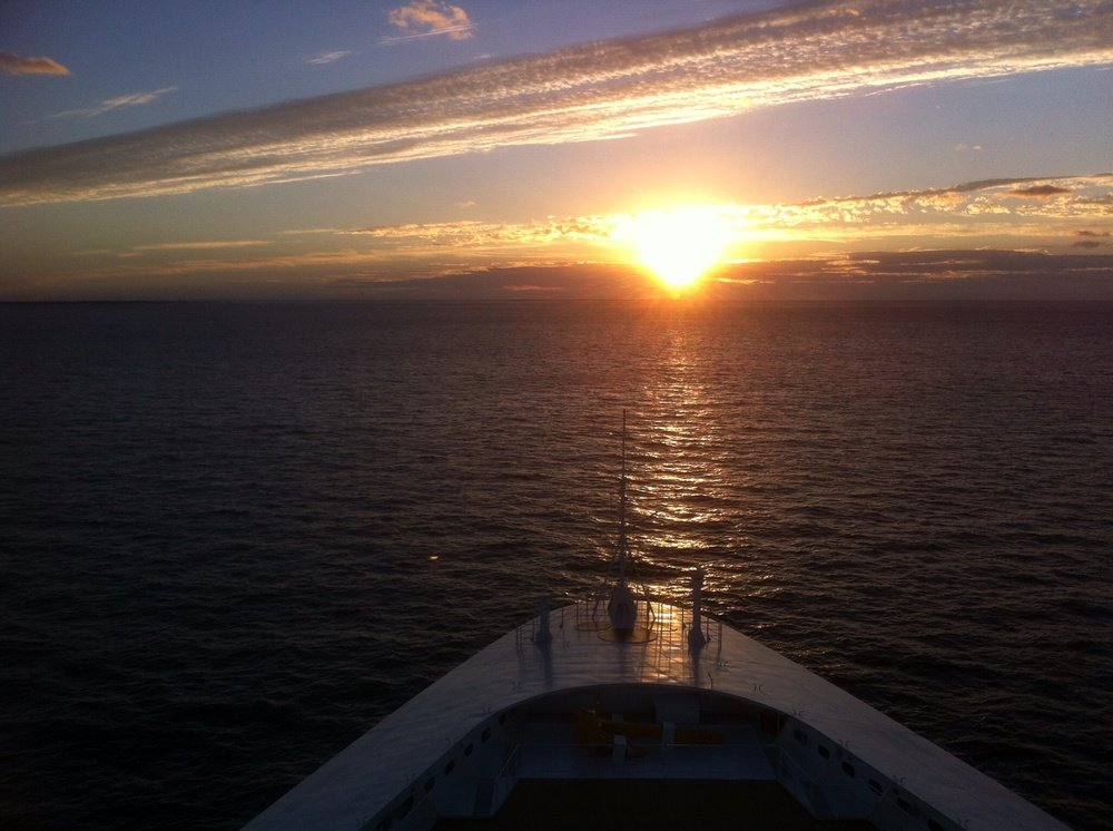 Cruising:  5 Reasons to Rise Before the Sun