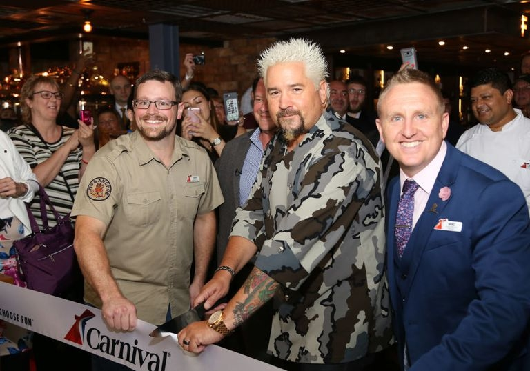 guy-fieri-cruise-ship-bbq-1.jpg.a45143b1460028b6d14656151f59a6eb.jpg